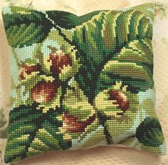 Noisetier Cushion Front Chunky Cross Stitch Kit | sewandso