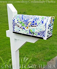 Sea Glass Mailbox Sea Glass Beach Glass by CinderellaByTheSea Sea Glass Mosaic, Sea Glass Beach, Painted Mailboxes, Metal Mailbox, Mosaic Designs, Glass Photo, Sea Glass Jewelry, Vintage Glassware, Recycled Glass