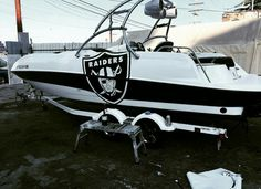 Raiders Baby, Raiders Football, Oakland Raiders Fans, Raiders Stuff, Hobbies And Interests, Special Interest, Raider Nation, First Nations, Salt