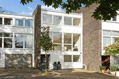1970s modernist townhouse in Wimbledon, London SW19