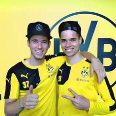 Bae and Bees Julian Weigl, Soccer Boys, Love Me Like, Dream Boy, Football Players, Athlete, Bae, People, Puppies