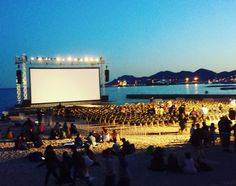 Movies on the beach at the #CannesFilmFestival. A stunning setting #SPTaste