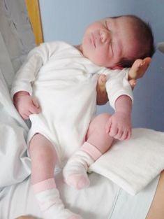 Get baby Sleep Reborn Baby Dolls Twins, Reborn Babypuppen, Reborn Baby Boy, Newborn Baby Dolls, Reborn Dolls, Baby Dolls For Sale, Life Like Baby Dolls, Real Baby Dolls, Realistic Baby Dolls