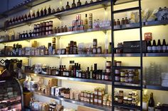 Retail Display Shelving by E-Z Shelving Systems, Inc.