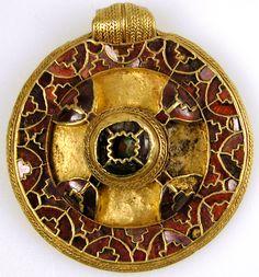 The Canterbury pendant, 7th century