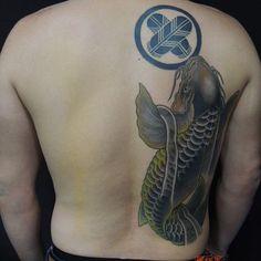 【horisakura】さんのInstagramをピンしています。 《#刺青#tattooartist#tattoo#Japanesetattoo#千葉#和彫り#桜#和柄#tattoos #tattoolife#tattooshop#エアーズ#彫櫻#sakura#千葉市#刺青#tattooed#彫師#鯉#恋#家紋#バックピース》