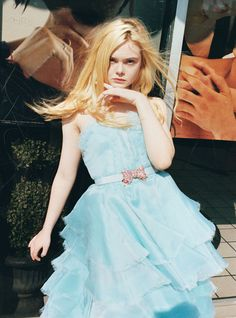"""wildthicket: """" """"Best Performances,"""" Elle Fanning photographed by Juergen Teller for W magazine February 2013 Elle Fanning in Ginger & Rosa: """"I love Ryan Gosling! I met him at the Governors Ball after. Dakota Et Elle Fanning, Ellie Fanning, Fanning Sisters, Juergen Teller, Naomi Watts, W Magazine, Hollywood, Poses, Fashion Models"""