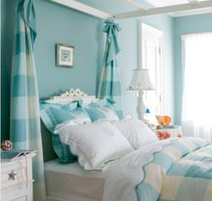 Adore the blue and white!