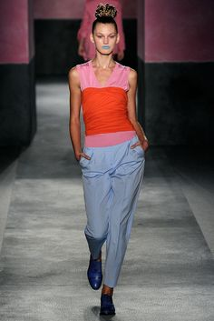 Paul Smith - Spring 2010 Ready-to-Wear - Look 3 of 37