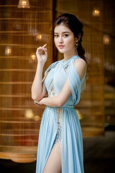 Top 10 Most Beautiful Girls in The Word 2019 Beautiful Girl Photo, Beautiful Girl Indian, Most Beautiful Indian Actress, Beautiful Women, Beauty Full Girl, Beauty Women, Cute Beauty, Asian Model Girl, Stylish Girl Images