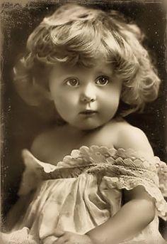 Sweet girl uncolorized: