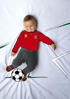 ponchito, futbolista, futbol, football, soccer, de mayor quiero ser, fotografía, infantil, bebé, creativa, ilustración, baby, photography, kid, illustration, photography, creative, dibujo. ideas para fotos