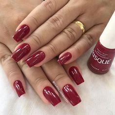 Oiiii lindas ,olhem só esse vermelho tâmara da risque que arraso 😍😍 . . Esmalte Glitter Acrylics, Glitter Nails, Red Aesthetic, Red Nails, Nail Arts, Christmas Nails, Cute Nails, Nail Colors, Beauty Hacks