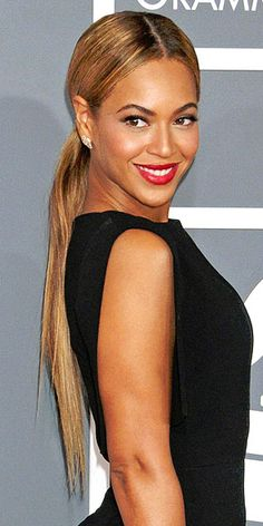 Beyonce rocking a long pony at the Grammys