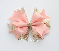 Light Pink and champagne boutique bow large hair bow Happy birthday bow blush pink hair clip toddler bows glitter bow birthday bow Large Hair Bows, Diy Hair Bows, Making Hair Bows, Diy Bow, Diy Ribbon, Ribbon Bows, Ribbon Flower, Ribbon Hair, Ribbons