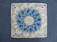 Crocodile Stitch flower <3