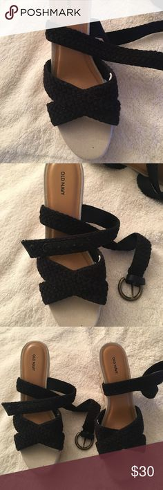 New! Strappy Platform Wedge Espadrilles, Black, 9. Nautical looking braided wrap around ankle strappy platform Wedge Espadrilles.  Beige with Black Straps.  ✨Brand New - Never worn. ✨ Old Navy Shoes Espadrilles