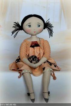 """INSPIRADAS EN  El Jardín de Farfalle. """"Cecil estaba fascinado por las muñecas y osos en 2002. Ella se exhibe de forma activa. En París, hay un par de salones, donde se puede comprar su trabajo. En Francia, Bélgica y España, tiene un montón de fans que recogen sus muñecas! muñeca de 20 a 40 cm, cabeza plana, cara bordado, pelo o lana.--ww.pinterest.com/sarabages/jardin-des-farfalous/"""