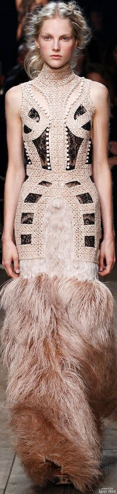 Alexander McQueen S-16 RTW: lace & feathers dress.
