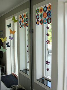 Interesting ideas for decor: Curtains ROUND MOTIVES.... ЗАНАВЕСКА КРУГЛЫМИ МОТИВАМИ