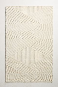 Slide View: 1: Tufted Laily Rug