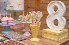 Decoração sorveteria - festa infantil  Descartáveis @tomesophie  Decoração by @craftroom Fotografia @anavalencafotografia
