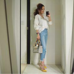 コーディネート の画像 星玲奈オフィシャルブログ「Reina's Diary」Powered by Ameba Denim Fashion, Womens Fashion, Travel Wardrobe, Japan Fashion, Daily Look, Office Wear, Summer Outfits, Work Outfits, Fasion