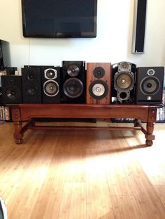 Audioholics Offers 7 Speaker Shoot Out That Features The SVS Ultra Bookshelf Monitor Speakers