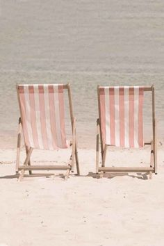 pink stripe beach chairs