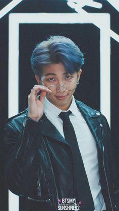 Jungkook meets 6 mysterious people, who learns are not … – BTS Wallpapers Jimin, Suga Rap, Bts Bangtan Boy, Bts Rap Monster, Mixtape, Foto Bts, Rapper, Ivana, Bts Pictures