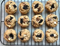 Garbage Disposal Cookies Peanut Butter Desserts, Peanut Butter Cookie Recipe, Cookie Desserts, Cookie Recipes, Biscotti Cookies, Oreo Cookies, Yummy Cookies, Whole Wheat Bagel, Mac Recipe