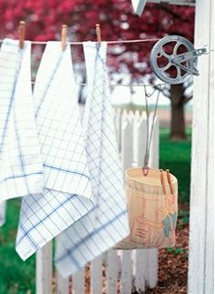 i love clotheslines!