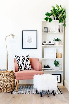 43 Awesome Clean And Fresh Small Living Room Deco Apartment Furniture, Living Room Furniture, Home Furniture, Living Room Decor, Farmhouse Furniture, Wooden Furniture, Small Living Rooms, Living Room Modern, Living Room Designs