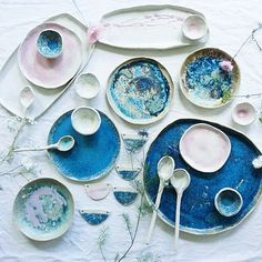 Unbelievable hues of blue and pink by @meadowceramics  #craftsposure
