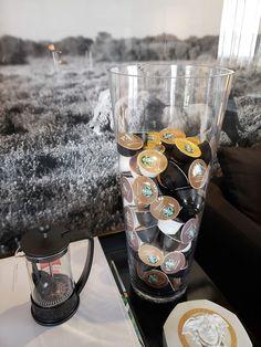 Latte Macchiato, Coffee Machine, Espresso Machine, Café Starbucks, Pet Cafe, Coffee Bars In Kitchen, Food Carving, Aesthetic Coffee, Coffee Corner