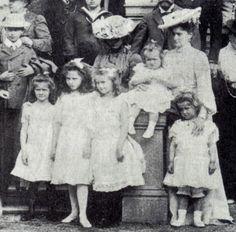 OTMA with little Ella of Hesse and Alexandra