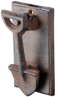 Esschert Design Cast Iron Spade Doorknocker - I bet you could hear it! Door Knobs And Knockers, Knobs And Handles, Door Handles, Door Knockers Unique, Antique Door Knobs, Esschert Design, Door Detail, The Doors, Unique Doors