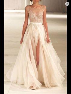 Me encantaaaaaa , para la fiesta me quedara bien ??? y el otro lo uso para la ceremonia , me quiero casar con 536352 vestidos
