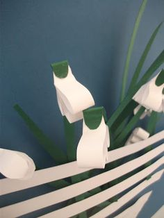 Lente - sneeuwklokjes van papierstroken (alleen foto) -hannaeszternoemi.blogspot.hu
