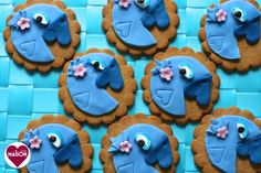 Rio2 movie blue parrot cookies from Maison Cupcake - brilliant project for the school hols