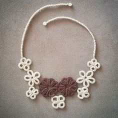 Tatting flower necklace