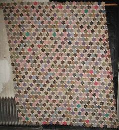 MOSAIC or HEXAGONS ENGLISH PIECED ANTIQUE QUILT TOP