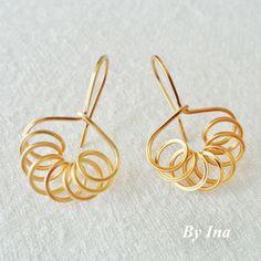 My golden version of Sweet, Neat, Petite... | JewelryLessons.com