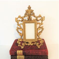 Vintage Cast Metal Ornate Picture Frame Gold Baroque Picture Frame Open Work Metal with Swing Back Stand Ornate Picture Frames, Vintage Photo Frames, Ceramic Owl, Vintage Ceramic, Vintage Enamelware, Baroque Fashion, Metal Casting, Vintage Home Decor, It Cast