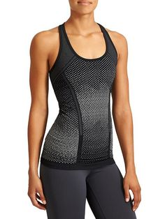 Fastest Track Tank Dot - Your favorite, go-to training tank for high-intensity sweat sessions has our best technologies: Unstinkable, Regul8, and chafe-free seamless fabric.