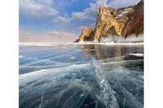 The harsh winter scenery of Lake Baikal    Die raue Winter-Landschaft des Baikalsees  (Foto: Alexey Trofimov)
