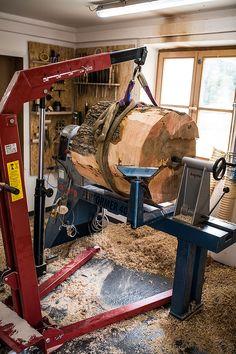 Wooden sphere - Ginger Wood Franz Keilhofer #gingerwood #woodturning #woodensphere #sphere #wood #art