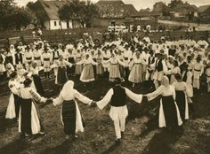 Hora, a Traditional Romanian Dance, by Kurt Hielscher, 1933 Bucharest Romania, Folk Dance, Wild Nature, World Cultures, Photomontage, Macedonia, Slovenia, Cool Photos, Dolores Park
