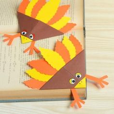 12 Best Of Paper Plate Turkey Crafts Preschoolers Concept . Turkey Crafts for Kids Wonderful Art and Craft Ideas for Thanksgiving Crafts For Kids, Halloween Crafts For Kids, Thanksgiving Turkey, Halloween Party, Easy Origami For Kids, Origami Easy, Bird Crafts, Animal Crafts, Paper Plate Animals