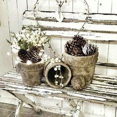 @lev_vackert #ideas #ideer #inredning #inspiration #shabby #shabbychic #shabbychichomes #shabbychicdecor #countrychic #countrystyle #dreaminteriors #drömhemochträdgård #decorations #pots #krukor #butik #beautifulhomes #vackrahem #vakrehjem #vakrehjemoginteriør